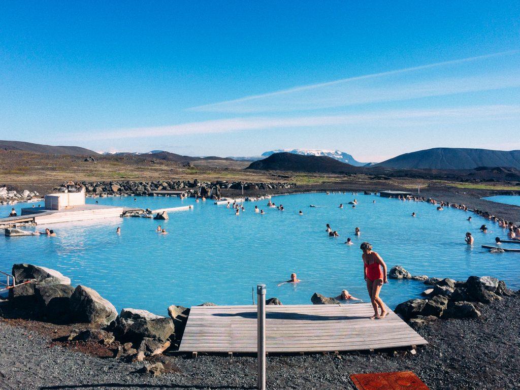 Se baigner dans cette eau bleue : 28€. Pour le reste il y a MasterCard.